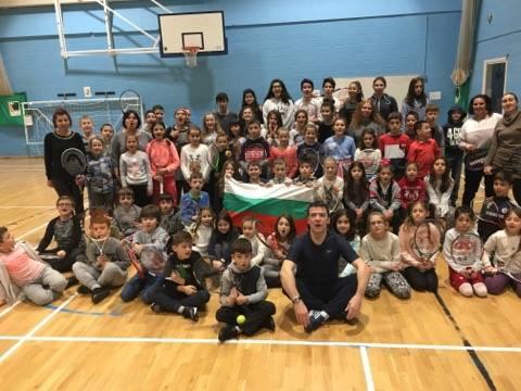 Масов открит урок по тенис за деца по случай победата на Григор Димитров